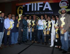 6th Tiifa The Indian Icon Film Award. Photos