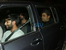 Deepika Padukone,Irrfan Khan,Perna Arora And Vishal Bhardwaj Spotted At JW Marriott Post Meet Photos