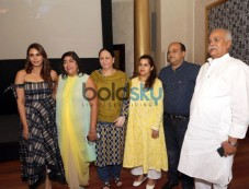 Huma Qureshi With Her Family Photos