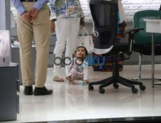 Misha Kapoor Spotted With Her Granny Photos