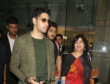 Jacqueline Fernandez And Sidharth Malhotra Spotted In New Delhi Photos