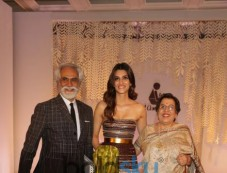 Kriti Sanon At FDCI Tamana In Support Of Differently Abled Photos