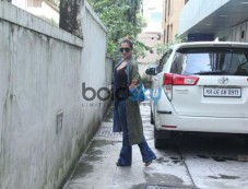 Malaika Arora Spotted At Her Friend's Office Photos