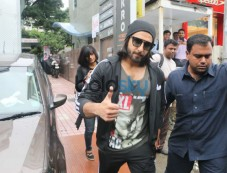Ranveer Singh Spotted Out Side Of His GYM Photos