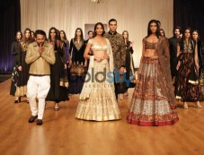 Rohit Bal Launches BALANCE, Festive Winter Collection 2017 At Indian Wedding Show Season 2 2017. Photos
