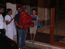 Sanjay Dutt Son & Vivek Oberoi Gets Ganpati Bappa Home Photos