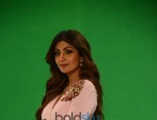 Shilpa Shetty Shoots For Super Dancer Photos