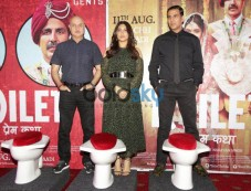 Toilet Ek Prem Katha Akshay Kumar Press Conference. Photos