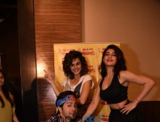 Varun Dhawan,Jacqueline Fernandez And Taapsee Pannu At Radio Mirchi Photos