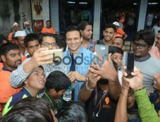 Vivek Oberoi At Fans Screening Photos