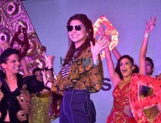 Anushka Sharma Launch New Collection Of Polaris Photos