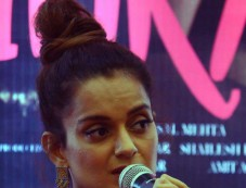 Kangana Ranaut At A Press Meet To Promote Simran,In Ahmedabad Photos