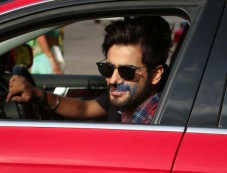 Karan Tacker Spotted At Andheri Photos
