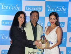 Malaika Arora Khan For Richfeel Trichology Press Conference Photos