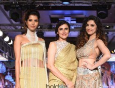 Rina Dhaka Presents At Bombay Times Fashion Week 2017 Photos