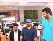 Saif Ali Khan Spotted In New Delhi Photos
