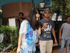Shraddha Kapoor Spotted At B Blunt Khar Photos