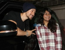 Tiger Shroff Spotted At Juhu PVR Mumbai Photos