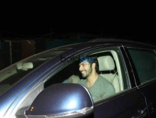 Varun Dhawan And Kartik Aaryan Spotted At Juhu PVR Photos