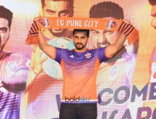 Arjun Kapoor Press Meet Of FC Pune City At J W Marriott Photos