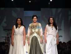 Ekru By Ekta Jaipuria And Ruchira Kandhari Showstopper Anjum Chopra At Amazon India Fashion Week Photos