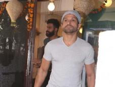 Farhan Akhtar Spotted At B Blunt Photos