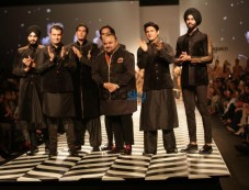 JJ Valaya At Amazon India Fashion Week, In New Delhi Photos