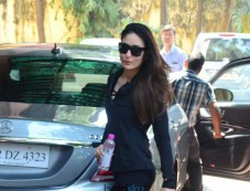 Kareena Kapoor Spotted at Gym Photos