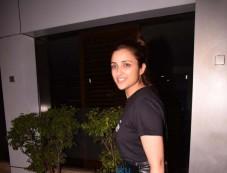 Parineeti Chopra Spotted At Bandra Photos