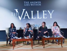 Pooja Bhatt & Suchitra Pillai Talk About Film The Valley Photos