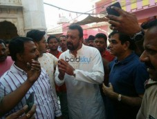 Sanjay Dutt Visits A Temple In Bikaner Rajasthan Photos