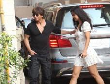 Shah Rukh Khan & Katrina Kaif Spotted At Bandra Photos