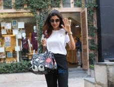 Shilpa Shetty At Anita Dongre Store Photos