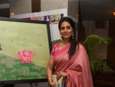 Sonalee Kulkarni At Breast Cancer Awareness Week Photos