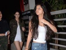 Suhana Khan Snapped At Juhu PVR Photos