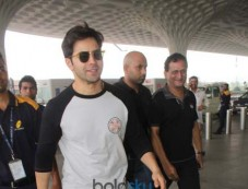 Varun Dhawan Spotted At Airport Photos