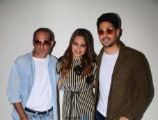 Sidharth Malhotra, Sonakshi Sinha And Akshaye Khanna Promote Ittefaq in Mumbai Photos