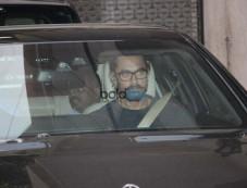 Aamir Khan Spotted At Bandra Photos