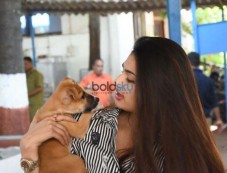 Athiya Shetty Visits The Bombay Society For The Prevention Of Cruelty To Animals Photos