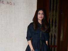 Bhumi Pednekar Spotted At Manish Malhotra House Photos