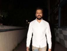 Riteish Deshmukh Spotted At Bandra Photos