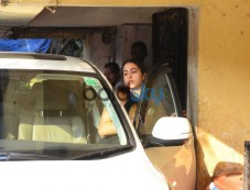Sara Ali Khan Snapped At Gym Photos