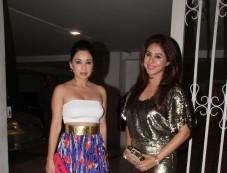 Tusshar Kapoor Birthday Party At Nandita Mahtani House Bandra Photos