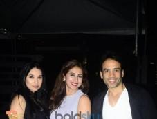 Urmila Matondkar, Sheetal Mafatlal And Tusshar Kapoor Snapped At BKC Photos