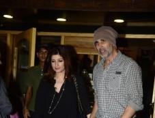 Akshay Kumar Wife Twinkle Khanna Spotted At Bandra Photos
