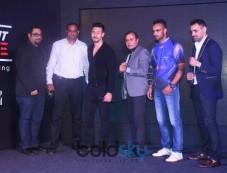 Jacqueline Fernandez, Tiger Shroff, Arbaaz Khan And Others At Super Fight League Photos