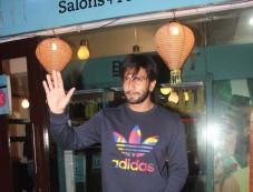 Ranveer Singh Spotted At B Blunt In Khar Photos