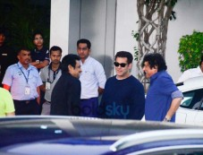 Salman Khan With Family Spotted At Kalina Airport Photos