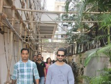 Shahid Kapoor Spotted At Bandra Photos