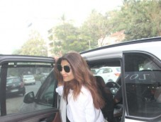 Shilpa Shetty Spotted At Bandra Photos